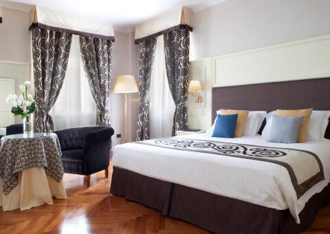 Grand Hotel Gardone-0