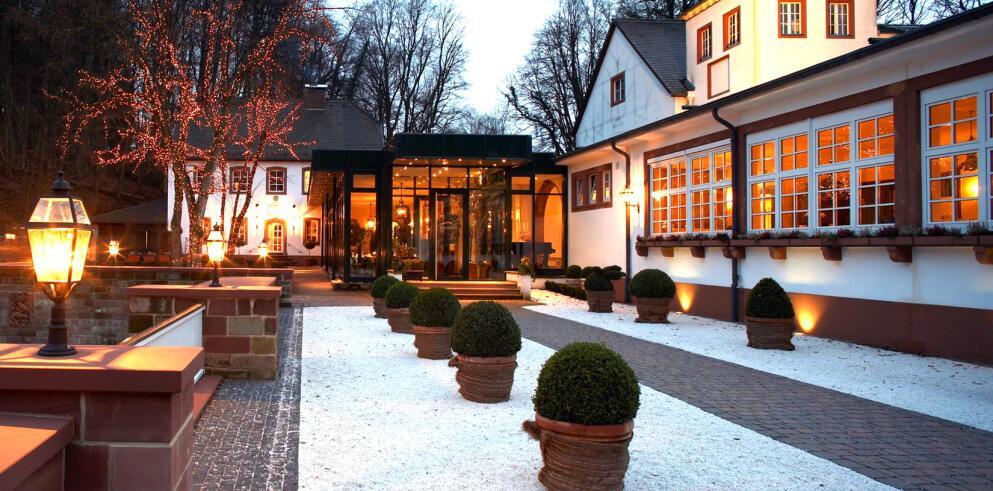 Romantik Hotel Landschloss Fasanerie 8559