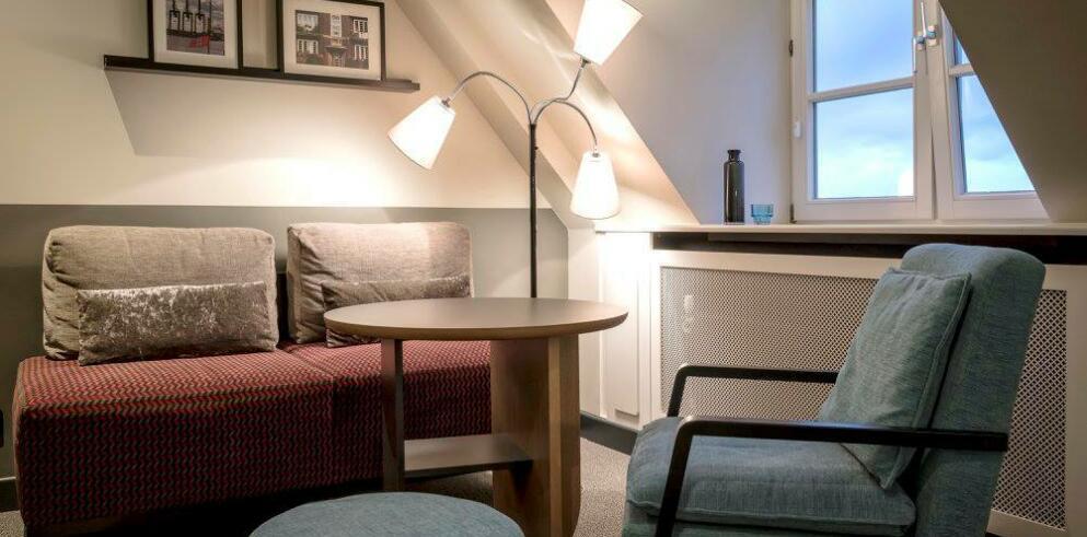Apartment040 9128