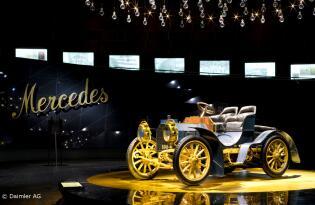 AUTOFANS aufgepasst! Besuchen Sie das Porsche & Mercedes-Benz Museum